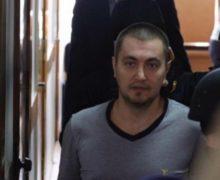 Адвокаты: Платона дважды ударили ножом ибросили вобщую камеру