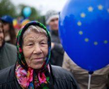 Опрос: почти 60% молдавских граждан предпочли бы жить в ЕС