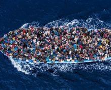 «Он может забрать их в Голливуд». Власти Италии ответили Ричарду Гиру на призыв спасти мигрантов
