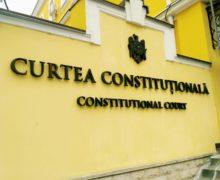 КС признал законным запрет принимать в школы и детсады непривитых детей