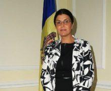 Отозванный посол Молдовы в Италии баллотируется в депутаты. Она составит конкуренцию Майе Санду