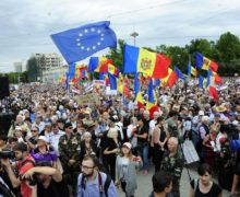 В интересах резолюции. К чему приведет заморозка помощи Молдове от ЕС