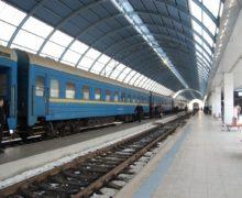 ЖДМ снизило стоимость билетов на поезда до Москвы и Санкт-Петербурга