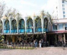 Отель в центральном парке Кишинева опустили до уровня Patria