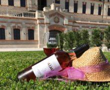Цвет бедра испуганной нимфы и другие 50 оттенков розового. В замке Mimi пройдет первый Национальный день розе