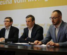 Член PAS Григоре Кобзак баллотируется вдепутаты как независимый кандидат. Что обэтом говорят впартии