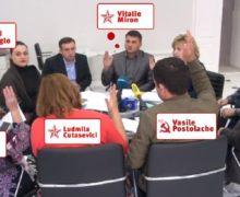 Жертва за бортом. Либералы и социалисты поспорили о том, почему Киртоакэ не разрешили участвовать в референдуме
