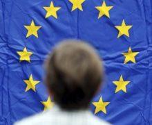 «Мы — суверенное государство и сами разберемся, что делать». Социалисты и демократы не согласны с критикой из ЕС