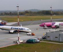В Италии Wizz Air и Ryanair оштрафовали за ограничение размеров ручной клади