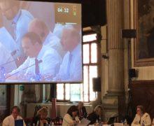 Венецианская комиссия не ждет перемен. Молдове не рекомендуют переходить к смешанной системе выборов