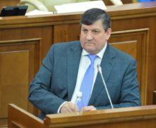 Экс-министра транспорта Киринчука никто не ищет. Решение объявить его в розыск снова отложили