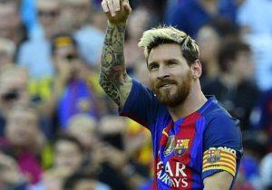 Месси стал лучшим футболистом года. Кто претендовал наэто звание