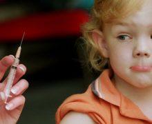 Pfizer иBioNTech заявили обезопасности своей вакцины откоронавируса для детей отпяти до11лет