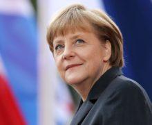 Меркель сделала прививку откоронавируса вакциной AstraZeneca