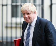 Премьер-министр Великобритании заразился коронавирусом