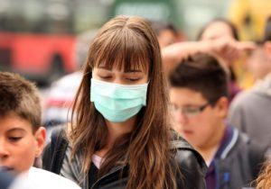ВКитае число погибших откоронавируса превысило 100человек. Подтвердились случаи заражения вГермании иКанаде