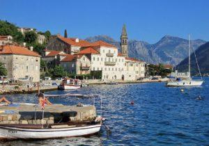 Власти Черногории заявили об освобождении от коронавируса
