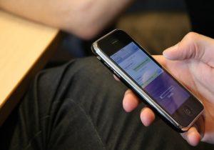 В Латвии запустили мобильное приложение для отслеживания COVID. Как это работает