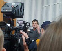 «Машинально» дал пинка. Григорчук опубликовал видео субегающим прокурором