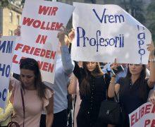 Жена одного из турецких учителей добивается пересмотра дела экс-главы СИБ Ботнаря