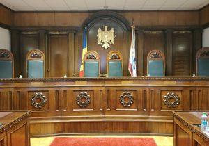 """""""Curtea Constituțională le-a dat dur peste obraz guvernanților actuali"""". Reacții la decizia CC privind acordul de împrumut cu Rusia"""