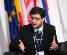 Дипломат поособым поручениям. Андрей Попов возвращается вМИД