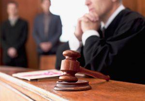 ВМолдове бывшего прокурора приговорили к7годам тюрьмы за взятку