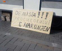 «Перекрыть аэропорт и границу. Харунжен не должен уйти!» Как в соцсетях обсуждали отставку генпрокурора