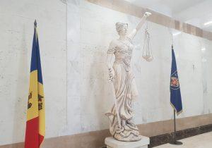 Высший совет прокуроров решил пока нерассматривать проект поправок взакон «Опрокуратуре», закоторый кабмин взял насебя ответственность