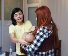 «Eu sunt o mamă rea?» Cum femeile din Moldova ar putea crește un copil sănătos și cine le-ar ajuta?