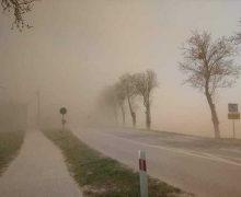 В Молдове европейские синоптики предсказывают пыльную бурю. А молдавские  обещают заморозки