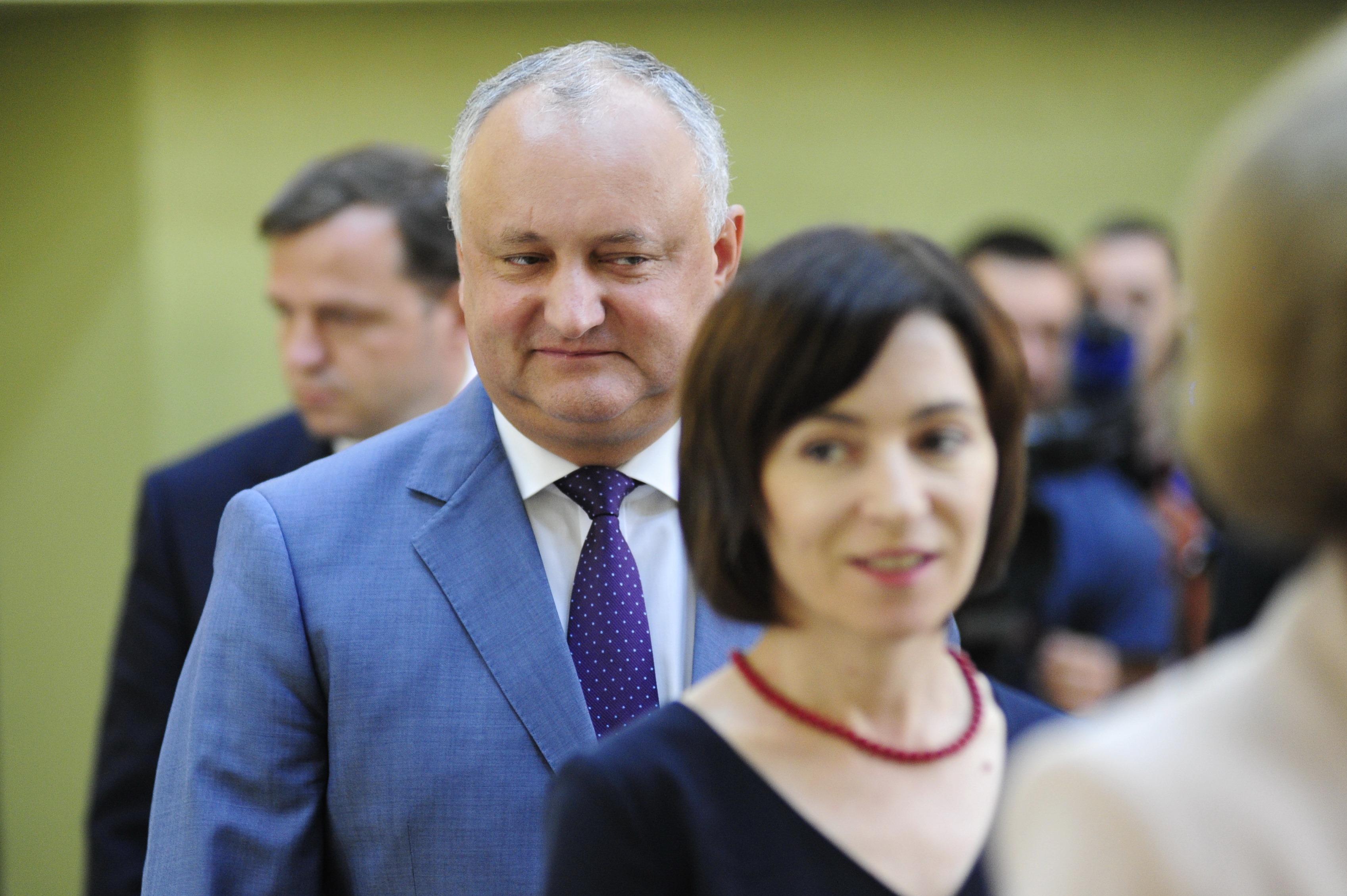 Депутат от партии «Действие и солидарность» (PAS) Дойна Герман пожаловалась на президента Игоря Додона в Совет по предупреждению дискриминации и обеспечению равенства.