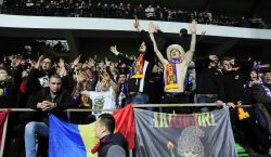 Сборная Молдовы по футболу вернулась из Парижа с опозданием