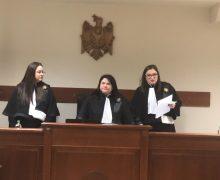 Суд приостановил рассмотрение дела Филата. Чего ждут?