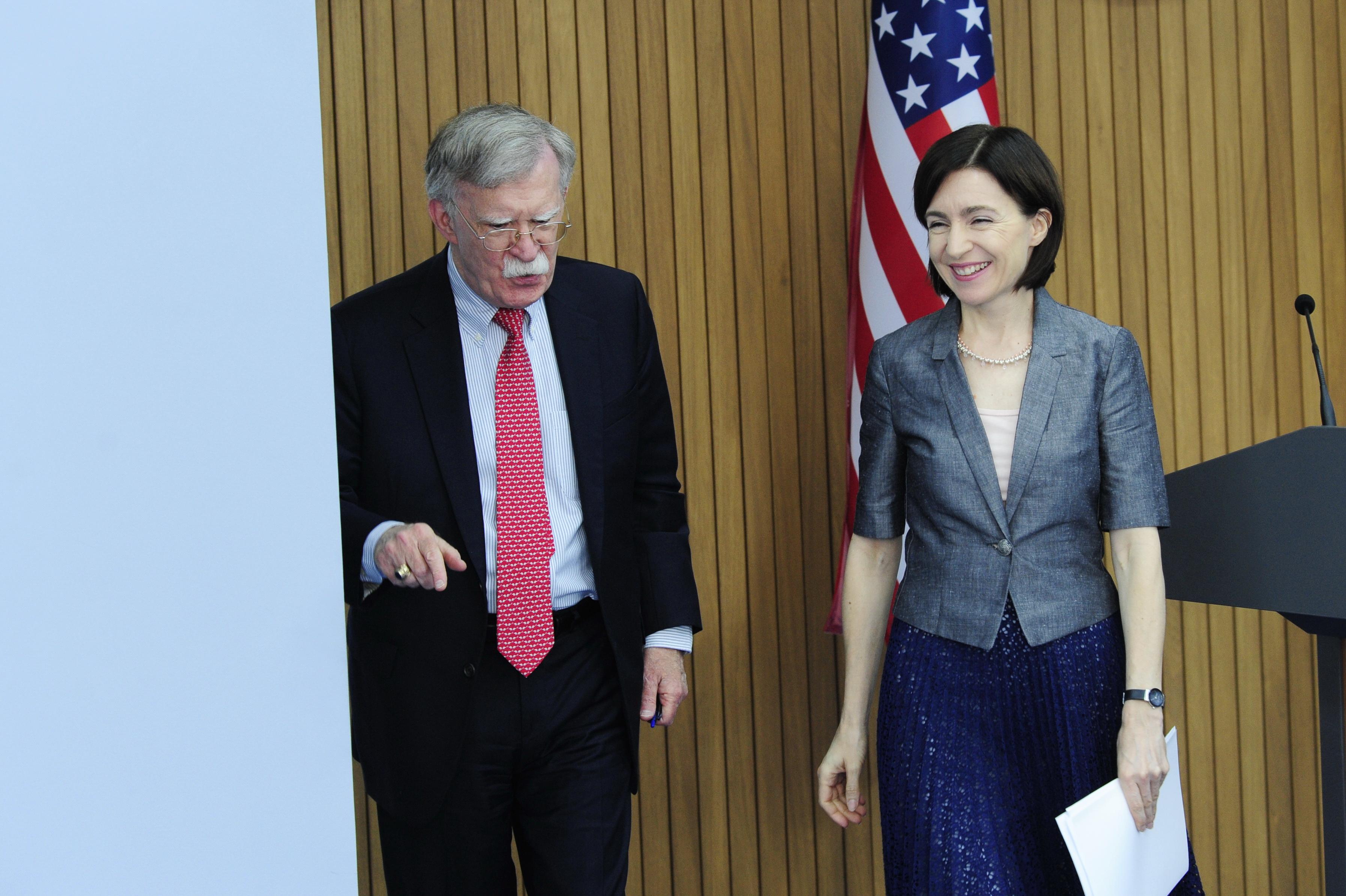 «У нас нет каких-либо устремлений в этом регионе». Как США продолжит сотрудничать с Молдовой в военной и экономической сферах