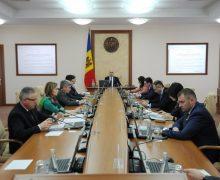 Правительство одобрило индексацию пенсий на 5,3% и выплату 600 леев пенсионерам к Пасхе