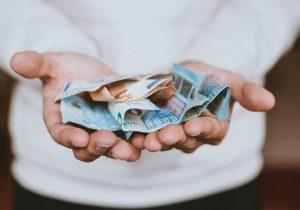 Объем денежных переводов вМолдову вапреле 2020 года сократился на11,5%