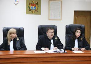 Клима потребовал проверить законность указа Санду об отмене его назначения главой АП