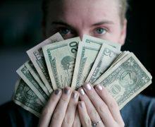 В марте резко вырос объем кредитов. Молдова катится в «долговую яму» или начинает восстанавливаться?