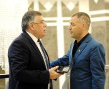 Юрие Реницэ, Анна Гуцу иАнатол Видрашку будут баллотироваться вдепутаты отPUN
