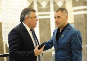 «Любое решение коллег мы будем уважать». Депутаты Цыку, Карп и Реницэ могут уйти из ACUM