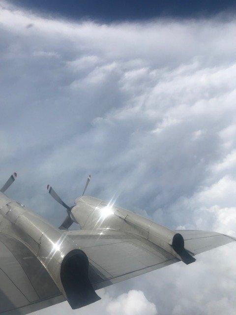 Вблизи США «Дориан» достиг наивысшей категории. Ученые сделали фото изэпицентра урагана