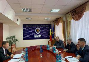 МВФ поможет Молдове вернуть украденный миллиард