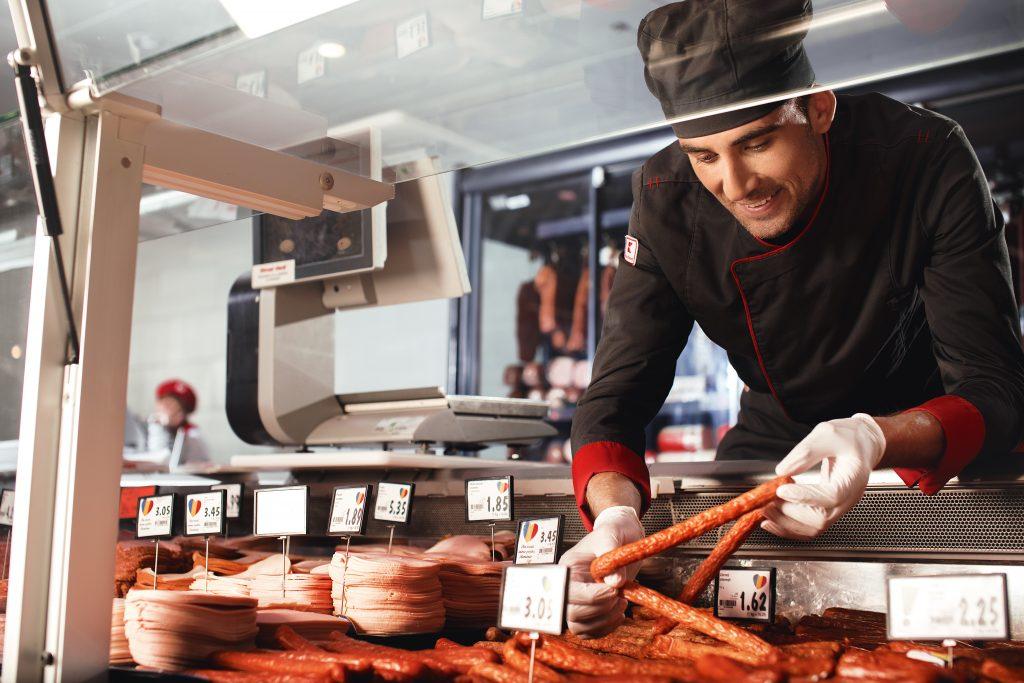 Как Kaufland поощряет сотрудников: талоны на питание, абонементы в спортзал, оплачиваемые выходные