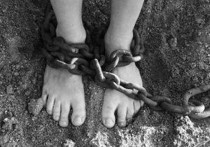 Работа заграницей? Кто икак становится жертвами торговли людьми вМолдове