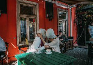 «Меня угрожают изнасиловать». Почему вМолдове мало кто решается накаминг-аут. Истории NM