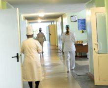 Правительство одобрило регламент выдачи новых пособий для молодых врачей ифармацевтов