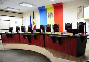 ЦИК зарегистрировал последних кандидатов надосрочных парламентских выборах