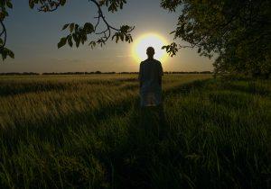 Истории ЛГБТ-людей, навсегда покинувших Молдову.  Фотопроект Натальи Гырбу