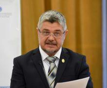 Кандидата в президенты Румынии сутки искала полиция. Все это время он молился